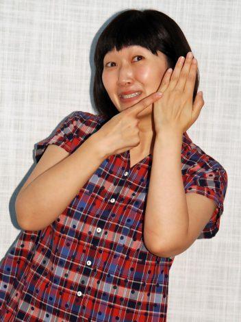 たんぽぽ・川村エミコが本気で婚活 左薬指の指輪はいつはめられるのか (C)ORICON NewS inc.