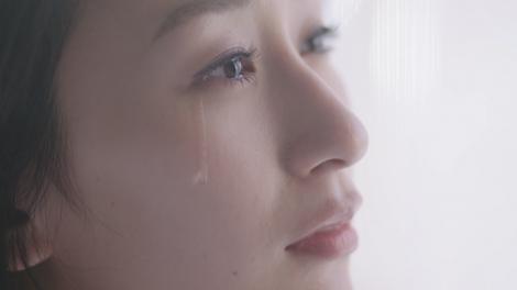 浅田舞がSPICY CHOCOLATEの新曲MVでキスシーン、涙の熱演