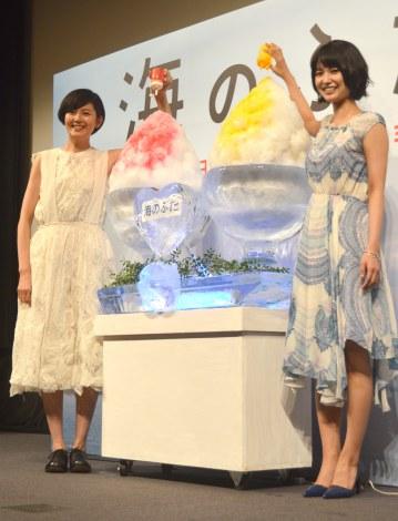 映画『海のふた』のプレミア試写会に出席した(左から)菊池亜希子、三根梓 (C)ORICON NewS inc.