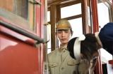NHKドラマ・戦後70年『一番電車が走った』で黒島結菜(右)の初恋相手役を演じる中村蒼(左)(C)NHK
