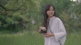 宮崎あおいが出演するオリンパスの新企業テレビCM「オリンパス企業広告 海に着く」篇