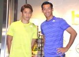 初の皇居ランを満喫した香川真司(左)と一日店長を務めた槙野智章選手(右) (C)ORICON NewS inc.