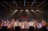 『HKT48全国ツアー〜全国統一終わっとらんけん〜』ファイナルの夜公演の模様(C)AKS