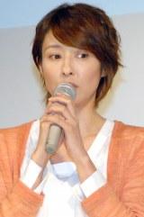 """""""33歳巨乳""""役に恐縮した水野美紀(C)ORICON NewS inc."""