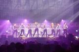 『LIVE MOSTER LIVE 2015』トップバッターで盛り上げた少女時代(PHOTO:植松千波)