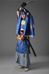 人気ゲーム『刀剣乱舞』の三日月宗近のコスプレを披露した文化放送の八木菜緒アナウンサー