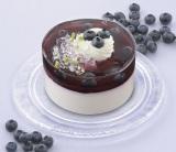 『ブルーベリーのケーキ 贅沢仕立て(3.5号)』 価格:1490円(税込)