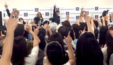 大阪でライブイベントを行ったlol(エルオーエル)
