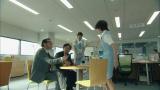 7月9日スタート、テレビ朝日系ドラマ『エイジハラスメント』第1話でコーヒーをぶっかけられる吉井英美里役の武井咲(C)テレビ朝日