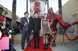 米ロサンゼルス・ハリウッドでワールドプレミアを実施した実写版『進撃の巨人 ATTACK ON TITAN』(左から)樋口真嗣監督、三浦春馬、水原希子