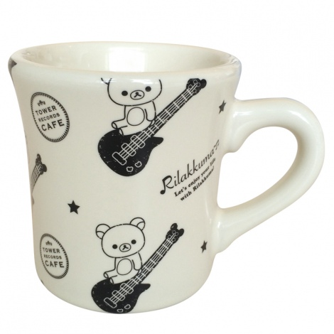 『RILAKKUMA × TOWER RECORDS CAFE コラボマグカップ 2015』 1000円(税別) ?2015 San-X Co., Ltd. All Rights Reserved.