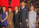 映画『HERO』初日舞台あいさつに出席した(左から)北川景子、濱田岳、小日向文世、松重豊、角野卓造 (C)ORICON NewS inc.