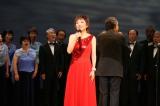 """戦後70年の広島で""""希望の歌""""を7000人と合唱することが決まったクミコ"""