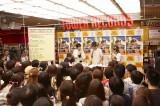 勝 勝次郎のCDデビュー記念イベントの模様(東京・タワーレコード渋谷店)(C)広川智基