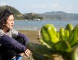 """""""芥川賞作家""""又吉直樹という人間をさらに深く知る。BSジャパンの『又吉直樹、島へ行く。母の故郷〜奄美・加計呂麻島へ』7月31日放送(C)BSジャパン"""