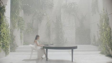 山田教授が監修した「爽健美音ボトルキャンペーン」ではピアノを特別に開発した
