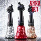 ベルをモチーフにしたボトルデザインもオシャレな『アナ スイ ネイルカラー』