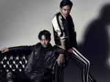 『HiGH&LOW 〜THE STORY OF S.W.O.R.D.〜』伝説のチーム・ムゲンのメンバーを演じる(左から)EXILE AKIRA、青柳翔 (C)HiGH&LOW製作委員会