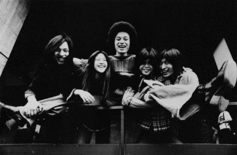 シュガー・ベイブ(写真左から)山下達郎、大貫妙子、上原裕、村松邦男、寺尾次郎