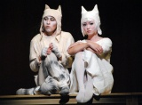 ミュージカル『100万回生きたねこ』公開舞台稽古に出席した(左から)成河、深田恭子 (C)ORICON NewS inc.
