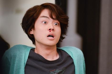 テレビ朝日系ドラマ『民王』第3話より。女子大生・