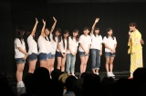 『SKE48松井玲奈 卒業記念イベント』より。SKE48劇場で研究生に公開反省会を行う松井玲奈 (C)AKS