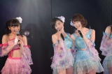 (左から)西野未姫、塚本まり子、峯岸みなみ=峯岸チーム4『アイドルの夜明け』公演 (C)AKS