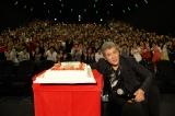 """50歳の誕生日を迎えた吉川晃司=ライブDVD&Blu-ray『KIKKAWA KOJI 30th Anniversary Live""""SINGLES+ RETURNS""""』特別先行上映会"""