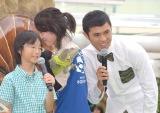 特別展『ジュラシック水族館』の記念イベントに出席した(左から)五味渕元くん、小島よしお (C)ORICON NewS inc.