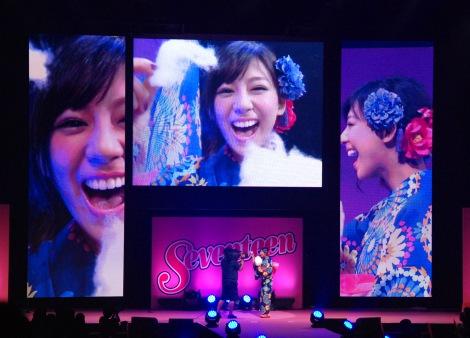 『Seventeen夏の学園祭 2015』に登場した西内まりや (C)ORICON NewS inc.