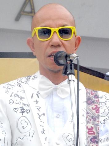 音楽ユニット「坊坊主」のデビュー・アルバムリリース記念イベントに出席したバイきんぐ・小峠英二 (C)ORICON NewS inc.