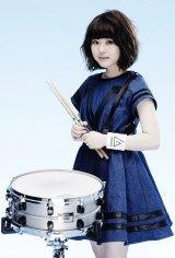 ガールズバンド・LAGOONのドラム・yuri