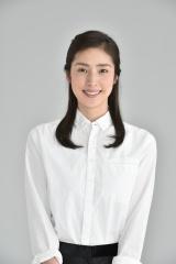 ドラマ『偽装の夫婦』で主人公の嘉門ヒロを演じる天海祐希(C)日本テレビ