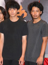 舞台『AZUMI 幕末編』制作発表会見に出席した渡部秀、佐藤祐基 (C)ORICON NewS inc.