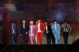 SUPER JUNIOR(左から)イトゥク、カンイン、ヒチョル、シウォン、キュヒョン、ドンヘ、ウニョク、リョウク、イェソン