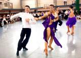 関西外国語大学競技ダンス部 大会時の様子