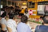 卒業公演前に松井玲奈が「SKE48 CAFE&SHOP」であいさつするサプライズも(C)AKS