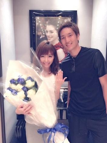 サムネイル 結婚を発表した原口元気選手&香屋ルリコ(写真はブログより)
