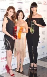『THE BEAUTY WEEK AWARD 2015』の授賞式に出席した(左から)河北麻友子、安達祐実、シシド・カフカ (C)ORICON NewS inc.