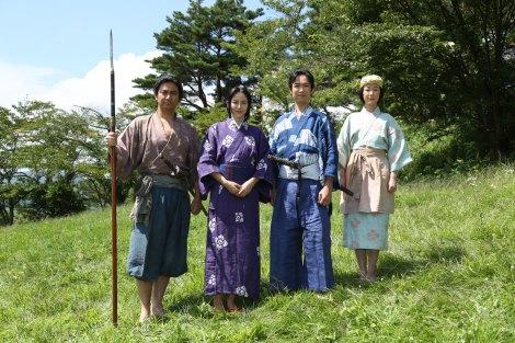 NHK大河ドラマ『真田丸』取材会に出席した(左から)藤本隆宏、長澤まさみ、堺雅人、黒木華