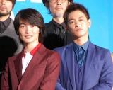 映画『バクマン。』の完成披露舞台あいさつに出席した(左から)神木隆之介、佐藤健 (C)ORICON NewS inc.