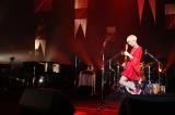 渋谷公会堂で無料招待ライブを行った木村カエラ(写真:川田洋司&小境勝巳)