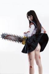 映画『血まみれスケバンチェーンソー』の主演に決まった内田理央がスケバンふんどし姿を披露