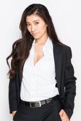 アイドルグループから女優へ転身し成功した元東京パフォーマンスドールで女優の篠原涼子(写真:鈴木一なり)