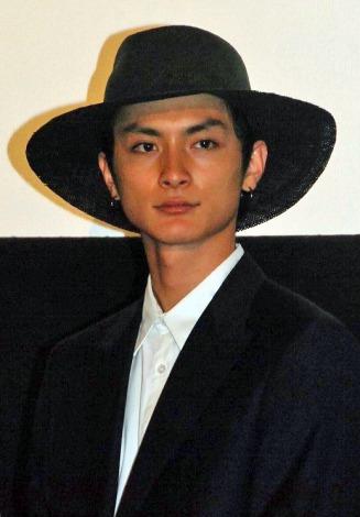 映画『私の男』の初日舞台あいさつに登壇した高良健吾 (C)ORICON NewS inc.