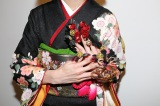 ネイルファッションショー「ANCIENT JAPANESE COLIRS」に出演した南明奈のネイル