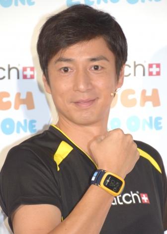 女性関係については「ホンマ何もない」と苦笑したチュートリアルの徳井義実=『コネクティッド ウォッチ Swatch Touch Zero One』記者発表会 (C)ORICON NewS inc.