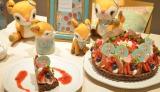 サンリオのキャラクター・ハミングミントの限定カフェで提供される『ベリー畑のピスタチオクリームタルト』 (C)oricon ME inc.