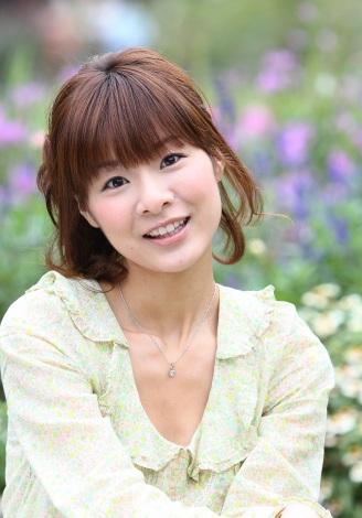 『らじどらッ!〜夜のドラマハウス〜』に出演する赤�ア千夏