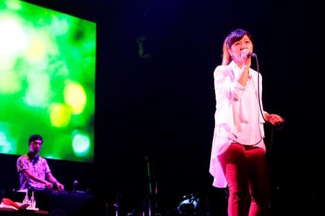 サムネイル デビュー20周年記念ライブで結婚をサプライズ発表したBONNIE PINK 撮影:渡邉 一生